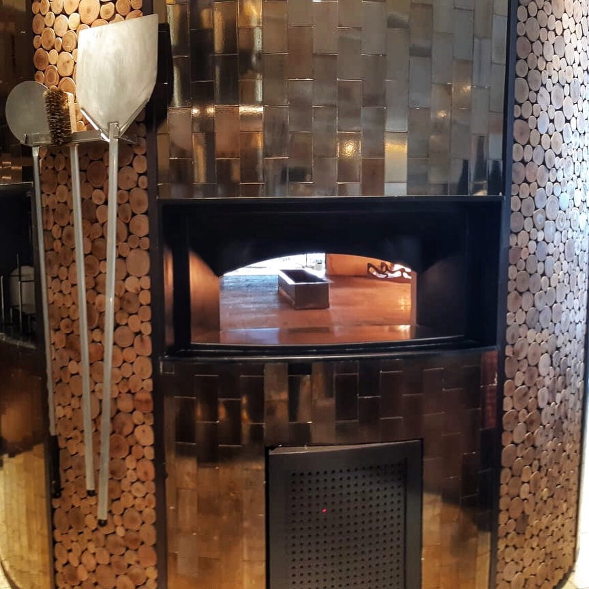 Four Seasons Bangalore Pizza Oven
